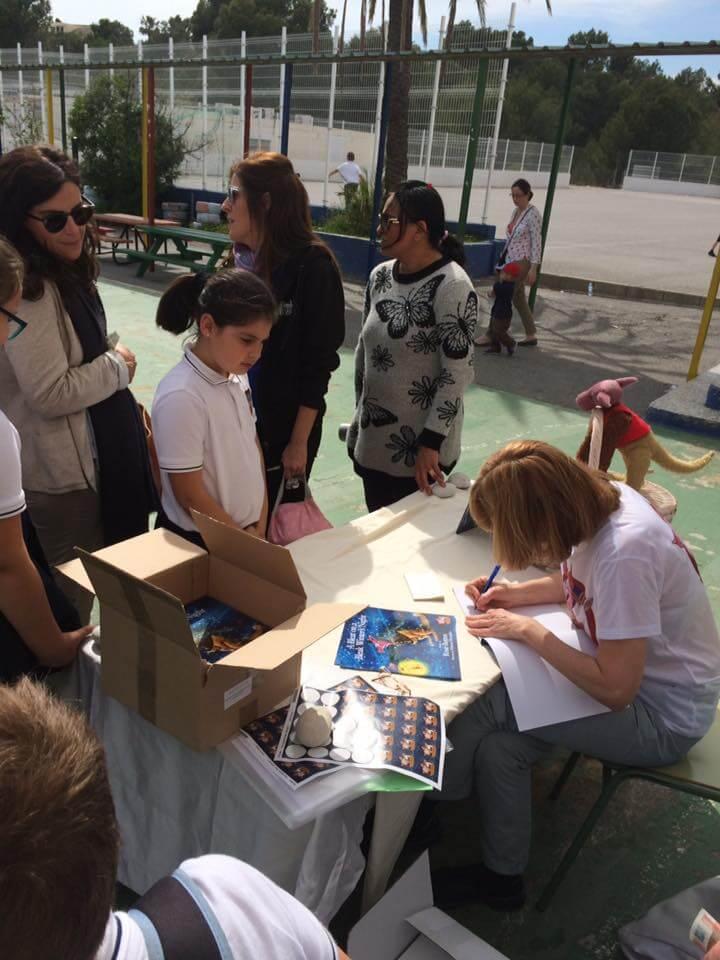 Kangarillapig book signing